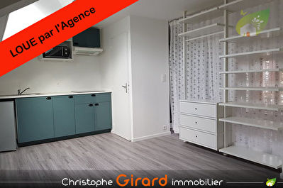 Bel Appartement T1 à 350e centre bourg TINTENIAC (35190)