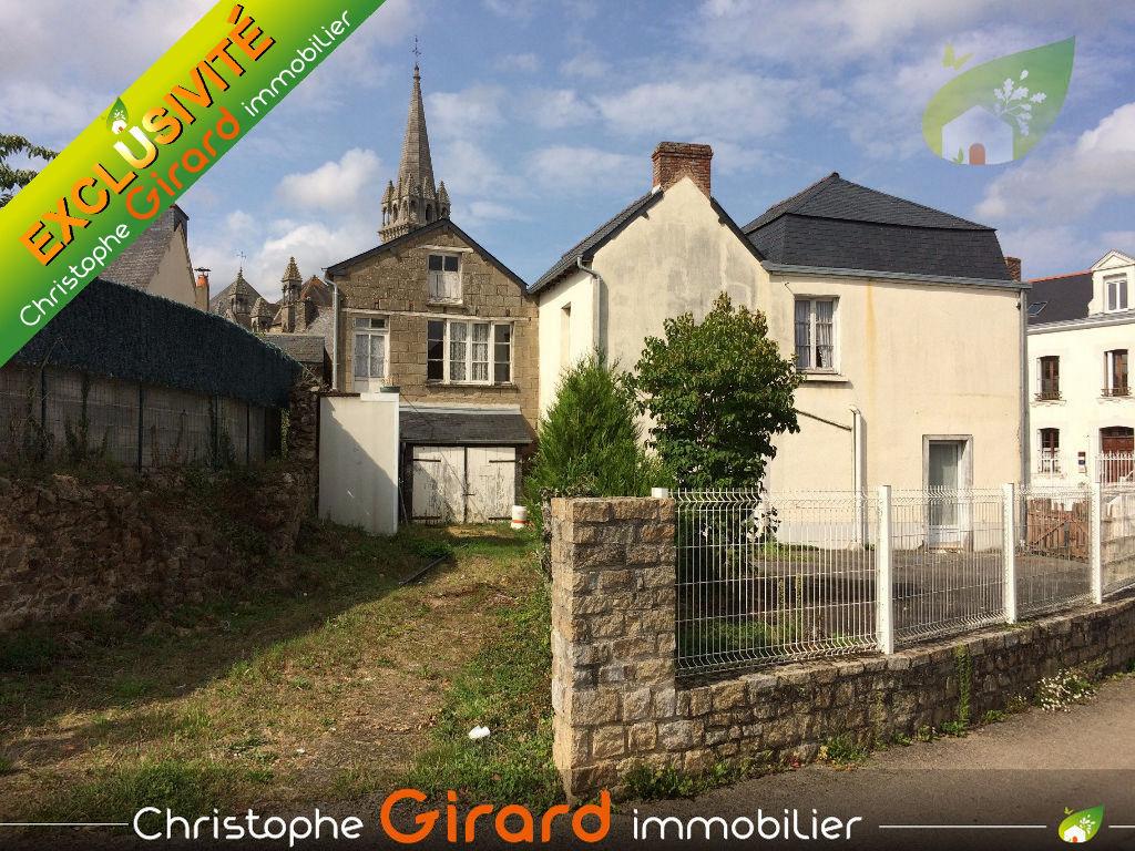 A vendre maison à Tinteniac (35190) - 3 pièce 45 m2.